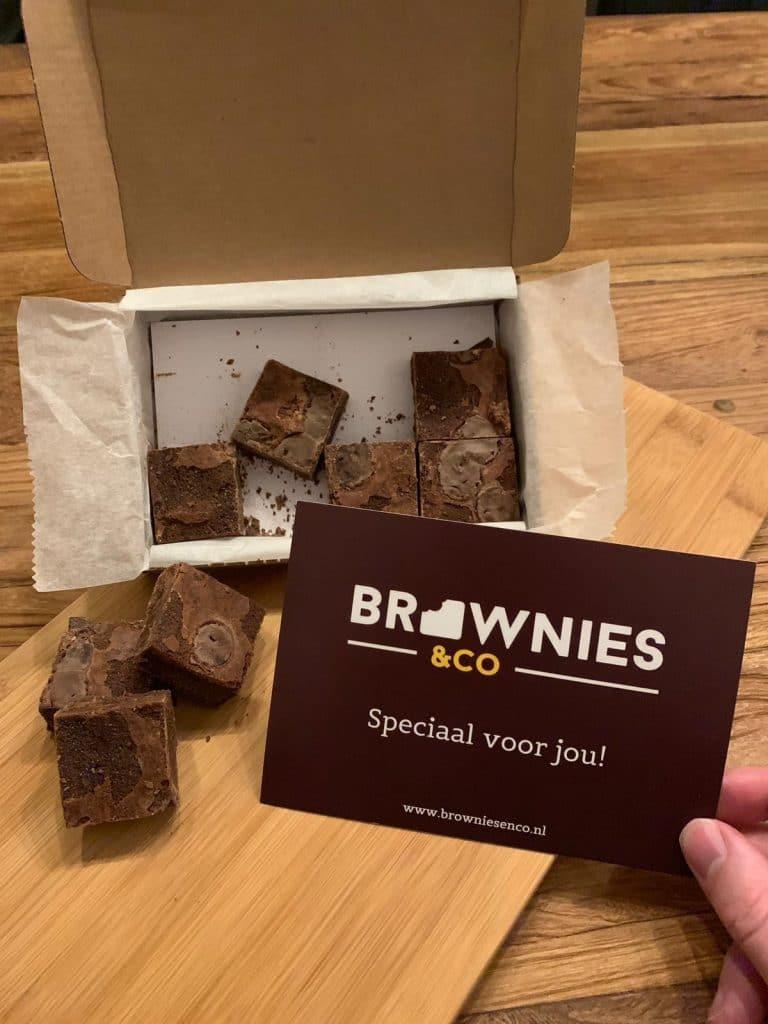 Deze brownies zijn speciaal voor jou per post verzonden!